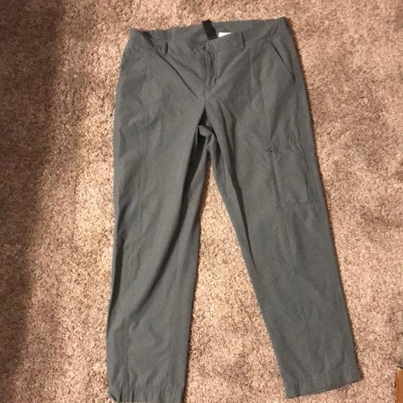 Kirkland Signature Womens Yoga Capri Active Pants Black /& Green US Size S NWT